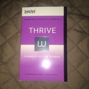 New box of thrive Women's vitamins